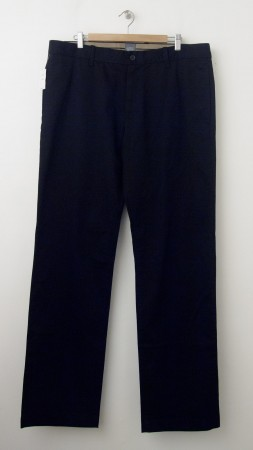 NEW Gap Straight Fit Classic Khaki Pants in Black