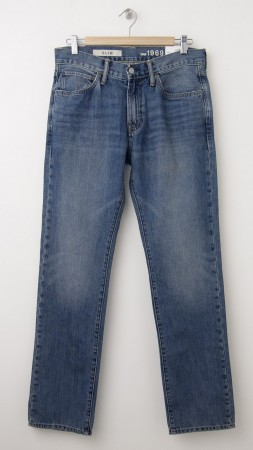 NEW Gap 1969 Slim Fit Jeans in Pale Blue Wash