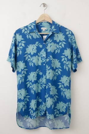 NEW Gap Fluid Drapey Floral Shirt in Blue Floral