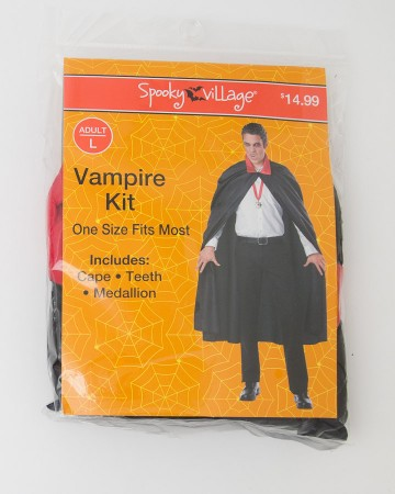 Spooky Village Halloween Vampire Kit Adult L