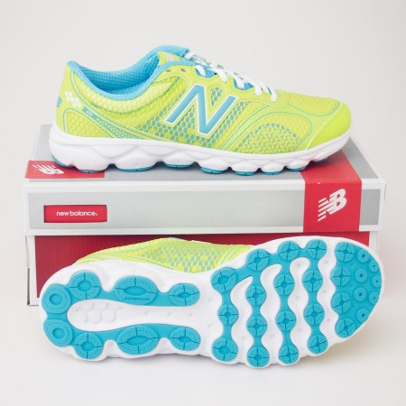 New Balance Women's 690v2 Running Shoes in Lime W690LB2