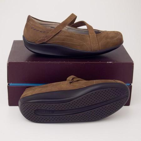 Aravon Lucie Brown Nubuck Mary Jane Shoes with Stridarc Glide WEL03BN
