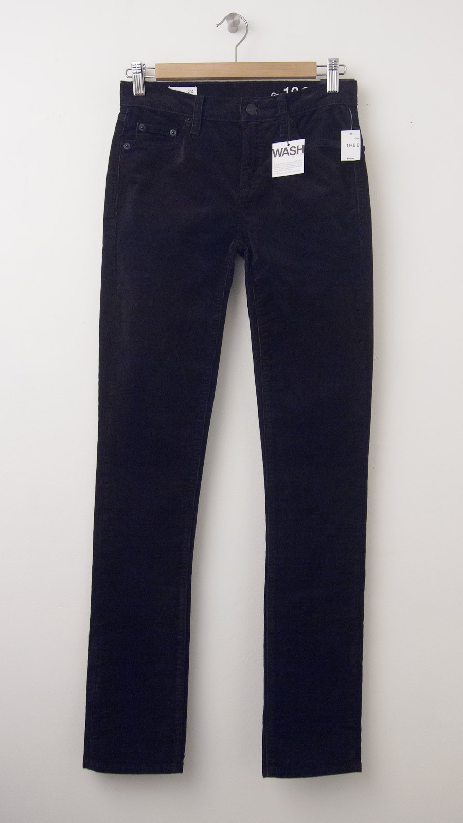 diversified latest designs hot-seeling original look for NEW Gap 1969 Mid-Rise Real Straight Cords Corduroy Pants in True Black