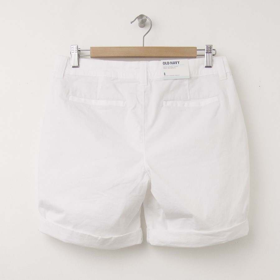 New Old Navy Cuffed Bermuda Shorts In Bright White