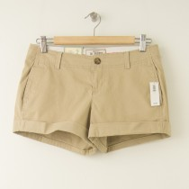 "NEW Old Navy 3.5"" Perfect Shorts in Khaki"