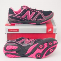 New Balance Women's 700 Cross Country Running Spike in Black W700XBS
