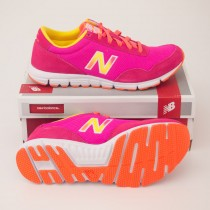 New Balance Women's 640 Classics Running Shoes WL640PKK in Pink