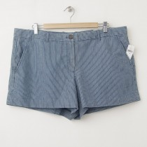NEW Gap Sunkissed Railroad-Stripe Chambray Short Shorts