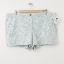NEW Gap Sunkissed Floral Chambray Short Shorts in Light Chambray
