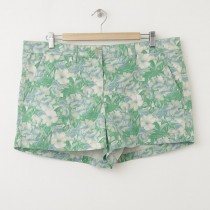NEW Gap Sunkissed Tropical Floral Print Short Shorts in Light Green