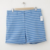 NEW Gap Boyfriend Roll-Up Bermuda Shorts in Blue Stripe