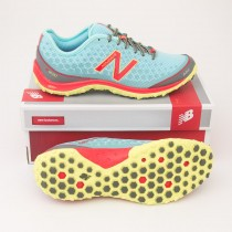 New Balance Women's 1690 Running Shoe W1690BG1 in Blue