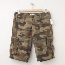 "NEW Gap Camo Cargo Shorts in Green Camo (11"")"