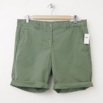 NEW Gap Boyfriend Roll-Up Bermuda Shorts in Desert Cactus