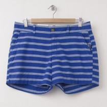 "NEW Old Navy Printed 5"" Shorts in Blue Stripe"