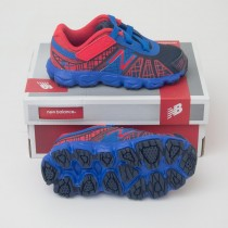 New Balance Infant/Toddler's Spiderman 890v4 Running Shoe KV890DBI in Blue with Red