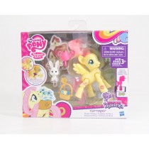 Hasbro My Little Pony Explore Equestria Fluttershy Flower Picking Poseable Pony