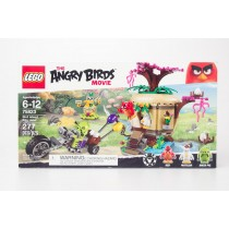 LEGO The Angry Birds Movie Bird Island Egg Heist 75823