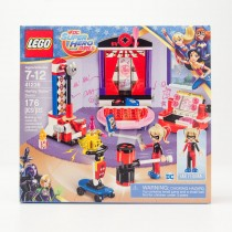 LEGO DC Super Hero Girls Harley Quinn Dorm #41236