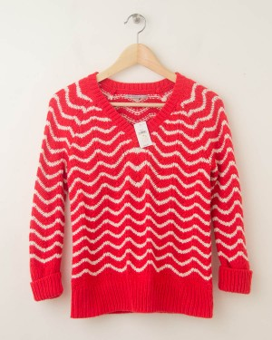 NEW Gap Chevron Striped V-Neck Pullover Sweater in Vermillion XS