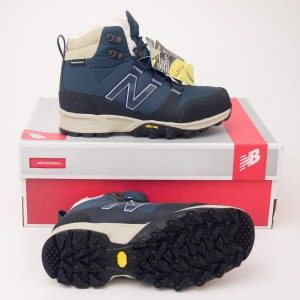 New Balance Women's 1099 Winter Hiking Boot in Navy WO1099NV