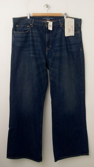 NEW Banana Republic Relaxed Fit Jeans