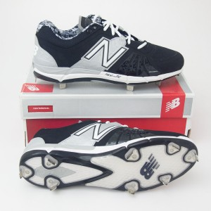 New Balance Men's 3000 Baseball Low-Cut Cleat MB3000LS in Black