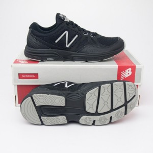 New Balance Men's 677 Cardio Comfort Cross Training Shoe MX677BK in Black