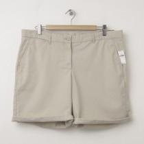 NEW Gap Boyfriend Roll-Up Bermuda Shorts in Soft Khaki